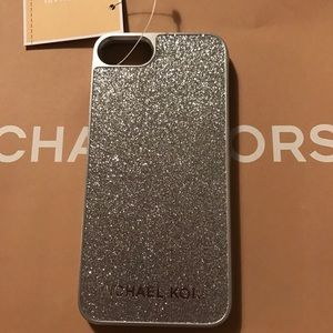 Michael Kors Silver Snap On iPhone 7/8 Case